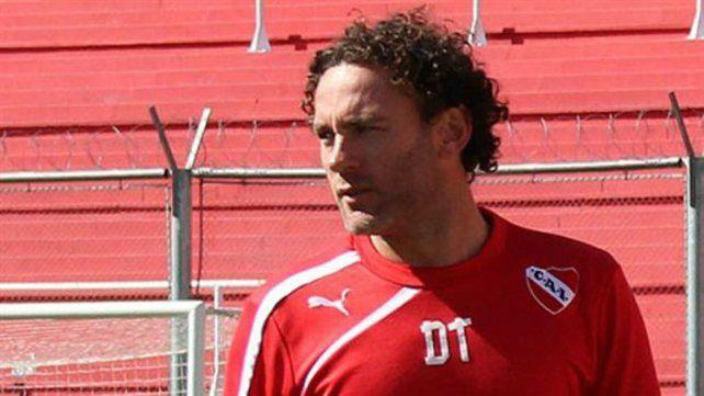 El entrenador de Independiente espera la llegada de refuerzos.