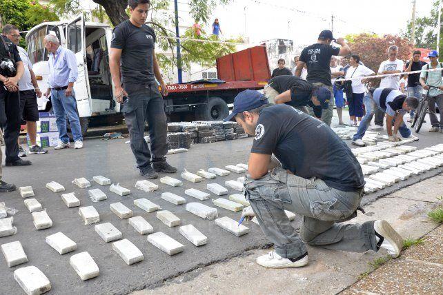 Comienza el juicio por los 600 kilos de marihuana incautados en un camión en avenida Ramírez