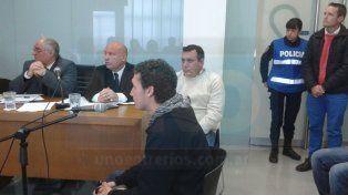 Juan José Sánchez volvió a encontrarse en el juicio con el policía acusado, Juan Reyes.