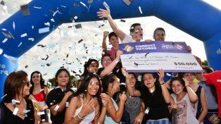 El festejo de los estudiantes que ganaron la edición del año pasado.
