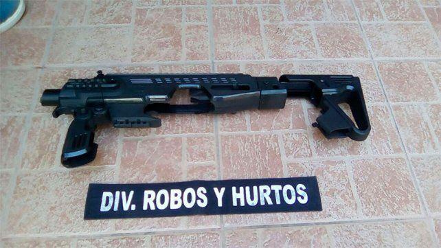 Robo a la estancia: Secuestraron un kit para armas de fuego