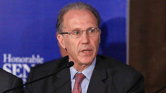 Jura Carlos Rosenkrantz.