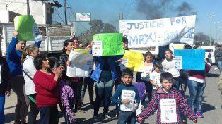Familiares de Dolche cortaron la calle y pidieron Justicia