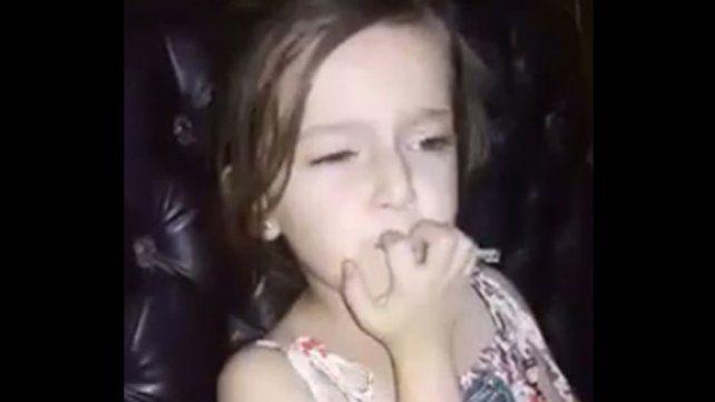 La bomba que interrumpe la canción de una nena en Siria