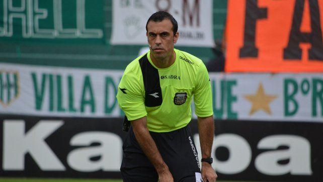 Los árbitros para la primera fecha de Primera División