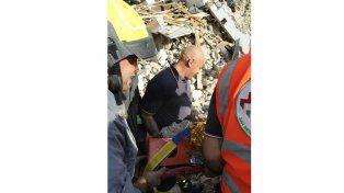 Ascienden a 120 los muertos por el devastador terremoto en el centro de Italia