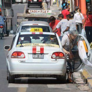 Taxistas de Paraná realizarán este jueves un paro con movilización