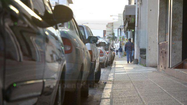 Los domingos en Paraná se festeja el día del auto