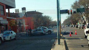 Una moto del 911 fue colisionada cuando escoltaba a Juliana Awada