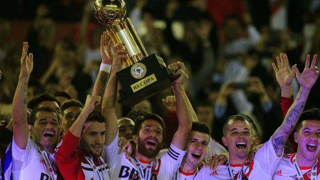 River le ganó a Independiente Santa Fe y es bicampeón de la Recopa