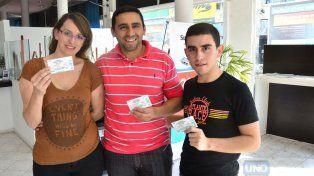 JugeCavenaghi y su familia buscaron las entradas para la Más Popular. Foto UNO Mateo Oviedo.