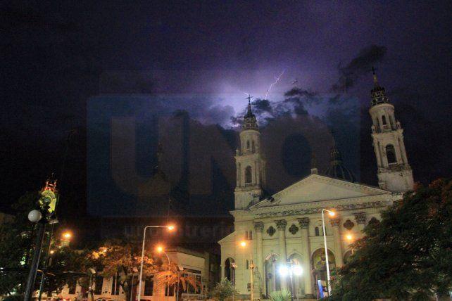 Rige un alerta meteorológico por tormentas fuertes para Entre Ríos