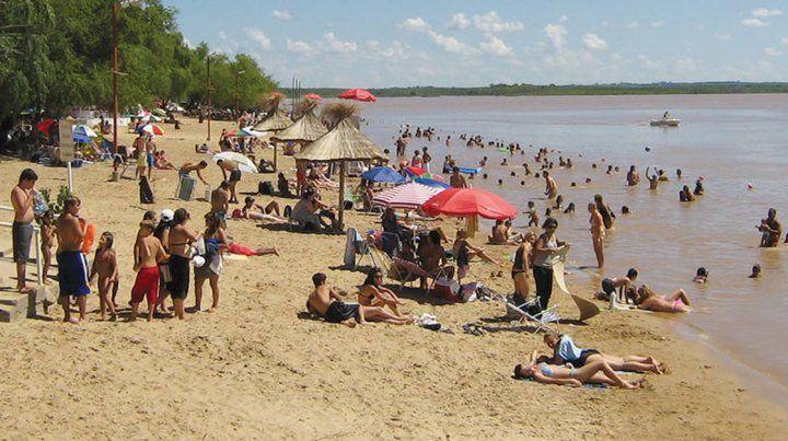 Atractivo. La playa es una de las preferidas y más convocantes sobre la costa del Paraná.