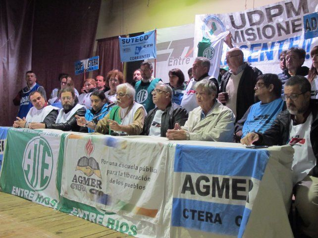 La Marcha Federal pasó por Paraná: El objetivo es manifestar el rechazo a las políticas económicas de ajuste