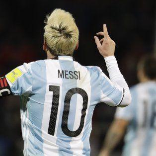 argentina gano de la mano de messi