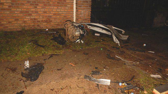 Dos mujeres murieron tras chocar su auto contra un árbol