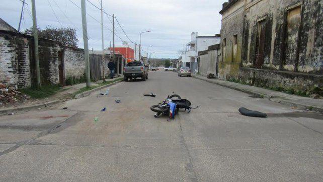 Menor se accidentó en moto robada