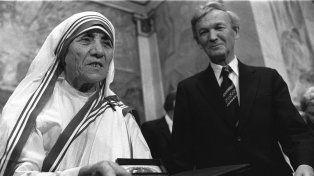 El papa Francisco proclamó Santa a la madre Teresa de Calcuta