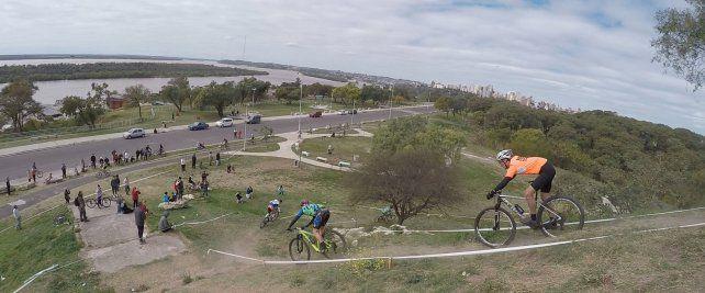 La belleza de Paraná mirada desde el ciclismo. Foto UNO Juan Manuel Kunzi.