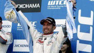 Pechito López se corona por tercera vez consecutiva campeón de Turismo