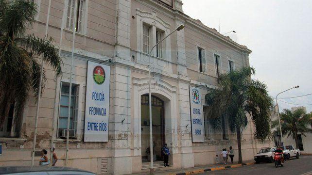 El jefe de la Departamental de Paraná respaldó el trabajo de los funcionarios de la Comisaría Sexta.