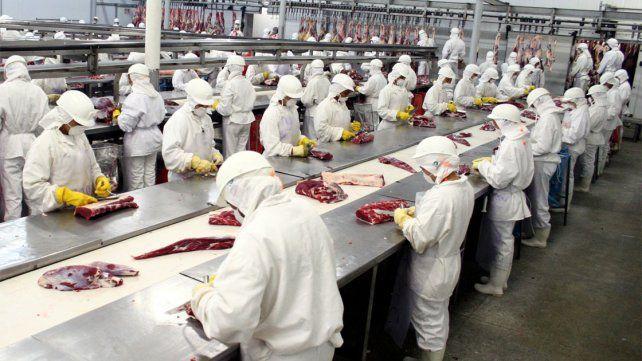 Gestionan subsidios para empresas entrerrianas para evitar despidos