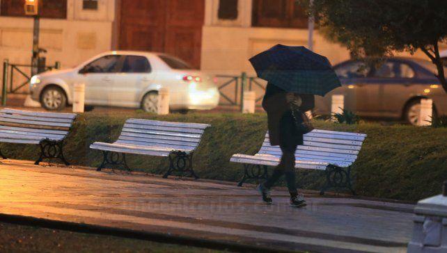 Jornada con lluvias, vientos fuertes y baja sensación térmica en la provincia