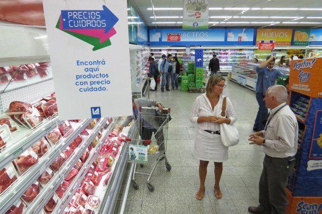 Con incrementos, el Gobierno extenderá el programa Precios Cuidados
