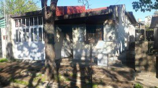 Se incendió una casa en Paraná y murió una mujer