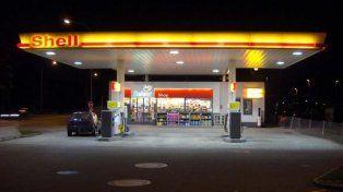 Shell evalúa vender sus estaciones de servicio en argentina