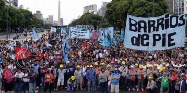 Barrios de Pie protestará con 100 ollas populares en la Capital Federal