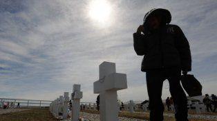 Adelantaron que buscarán identificar a los soldados argentinos en Malvinas