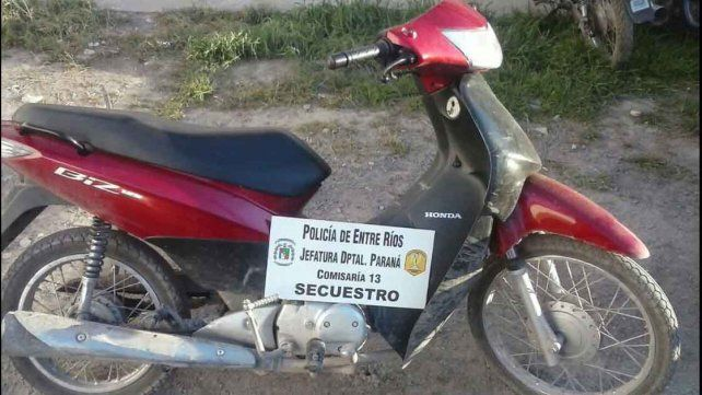 Tras persecución recuperaron una motocicleta robada