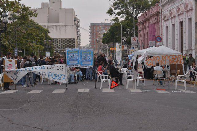 Universitarios van a una huelga nacional
