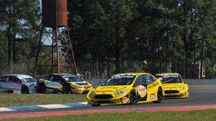 Rosso redondeó una gran tarea para obtener su segunda victoria de la temporada en TC 2000.