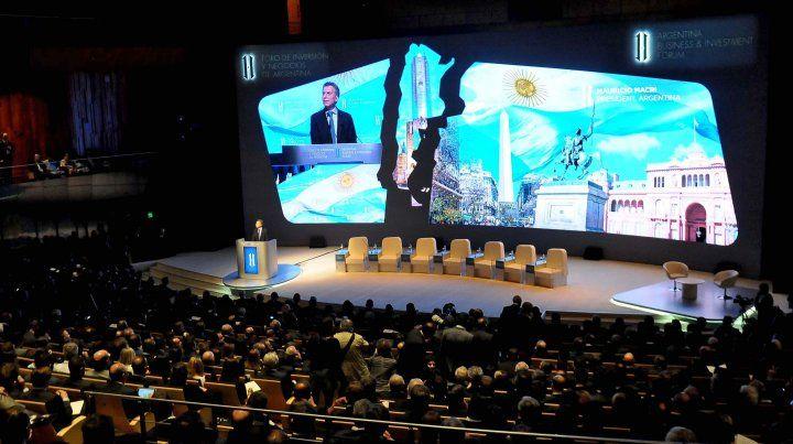 Macri afirmó que Argentina quiere abrirse al mundo