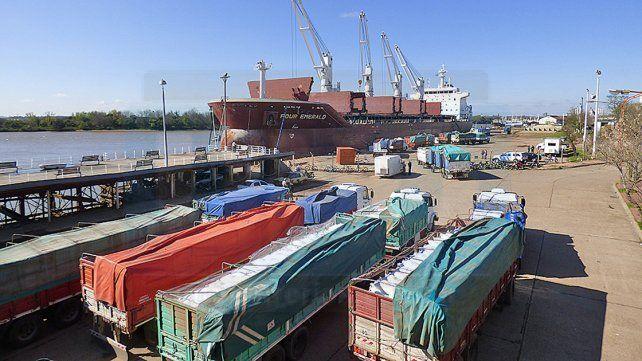 Embarcan 12.500 toneladas de arroz con destino a Irak, desde Concepción del Uruguay