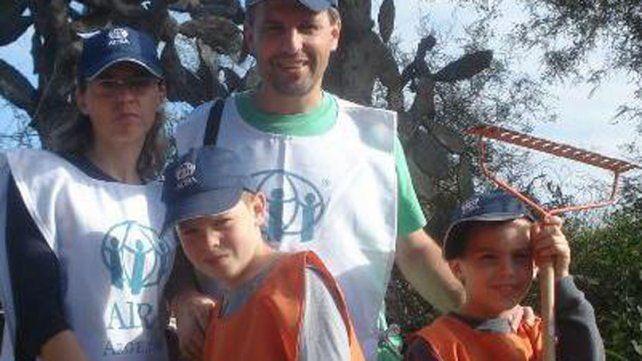 Estilo de vida. Wilton cultiva la solidaridad junto a su familia.