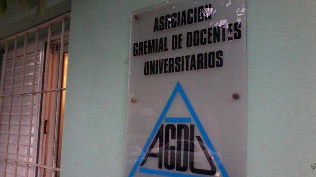 De no abrirse la paritaria AGDU propuso un paro total el viernes 30