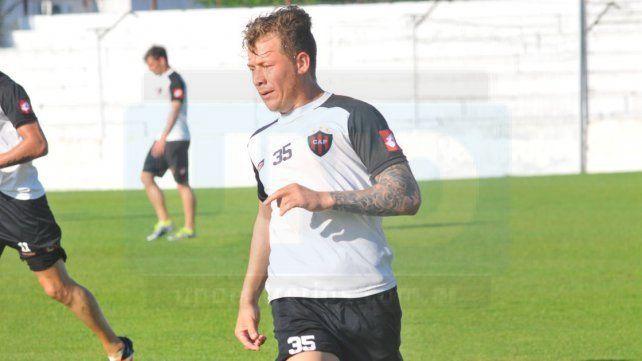 El Pitu González se perfila como titular en Patronato para visitar el sábado a Rosario Central.