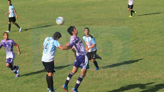 Atlético Uruguay y Belgrano llegan entonados al duelo de hoy.