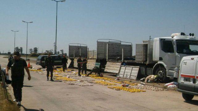 Gendarmería secuestró más de 865 kilos de cocaína