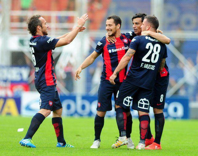 San Lorenzo fue superior a Vélez