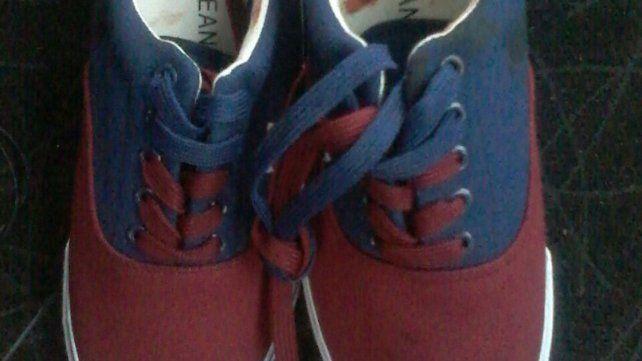 Abuela devolvió zapatillas robadas por su nieto