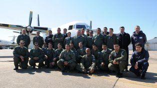 El último Fokker 27 de la Fuerza Aérea inició viaje de despedida desde Paraná