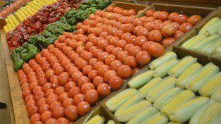 En agosto, los productos agrícolas aumentaron 5,5 veces, del campo a la góndola