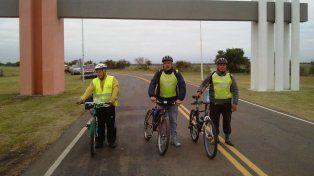 Van a pedalear más de 430 kilómetros para venerar a la virgen de San Nicolás