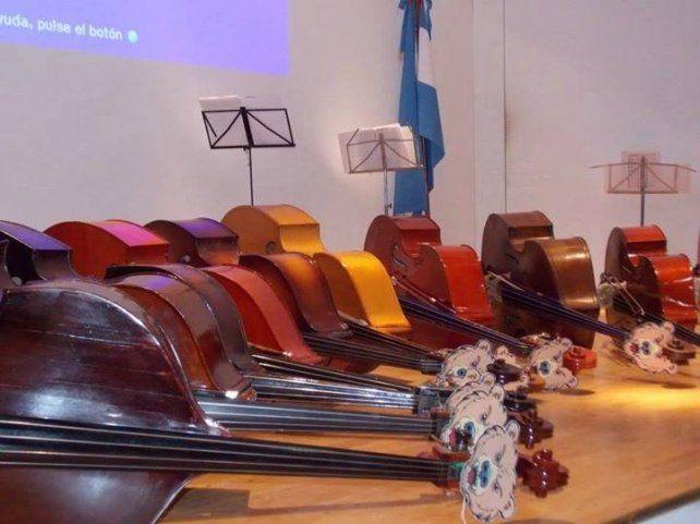 Los 11 contrabajos sonarán mañana en el auditorio Rodolfo Walsh desde las 14.