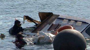 Al menos 29 muertos por el naufragio de un bote con 600 migrantes en la costa egipcia