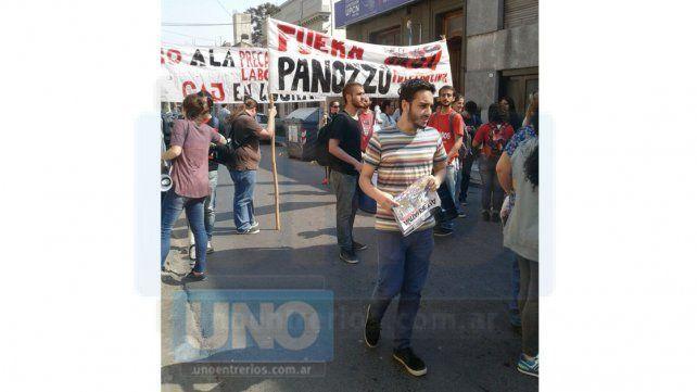 Queremos parar el ajuste, lograr aumento salarial y que se vaya Panozzo